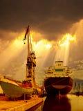 Корабль в лучах солнца стоковое изображение rf