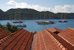 Корабль и крыша Kalekoy Стоковое фото RF