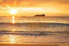 Корабль, море, заход солнца Стоковые Изображения
