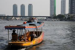 Корабль на реке Стоковые Изображения