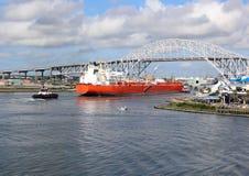 Корабль нефтяного танкера идя в канал корабля Корпус Кристи Техаса Стоковая Фотография