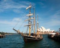 Высокорослый корабль, гавань Сидней, Австралия Стоковая Фотография