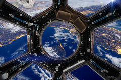 корабль Элементы этого изображения поставленные NASA стоковое изображение