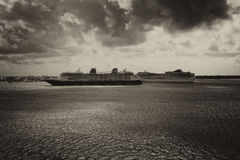 2 корабля в ноче Стоковое Изображение RF