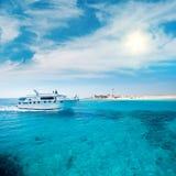 Коралловый риф в лагуне Стоковые Фотографии RF