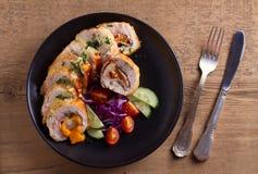 кордон цыпленка Блё Обручи куриной грудки с ветчиной и сыром стоковое изображение rf