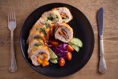 кордон цыпленка Блё Обручи куриной грудки с ветчиной и сыром стоковая фотография