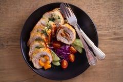 кордон цыпленка Блё Обручи куриной грудки с ветчиной и сыром стоковое изображение