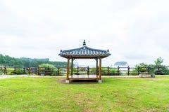 Кореец Pavillian на Jeju-делает парк утеса Oedolgae в острове Jeju Стоковое Фото
