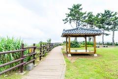 Кореец Pavillian на Jeju-делает парк утеса Oedolgae в острове Jeju Стоковое Изображение RF