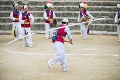 Корейские фольклорные танцоры и музыканты Стоковое Фото