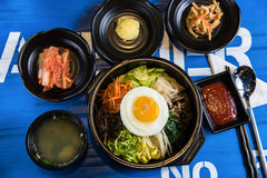 Корейский традиционный bibimbap стоковая фотография