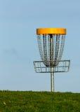 Корзина гольфа Frisbee Стоковые Фотографии RF
