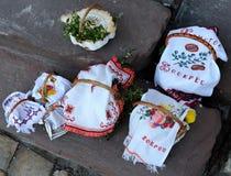 Корзина пасхи, яичка, правоверная пасха, Стоковое Фото