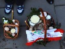 Корзина пасхи, яичка, правоверная пасха, Стоковая Фотография