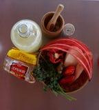 Корзина сырцовых овощей стоковое фото