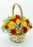 Корзина с розами Стоковое фото RF