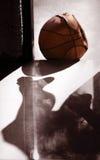 корзина шарика старая Стоковое фото RF