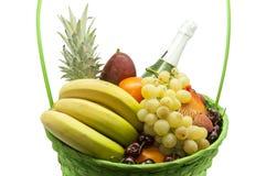 корзина fruits вполне Стоковые Изображения RF
