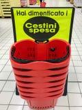 Корзины для товаров супермаркета Стоковые Фото