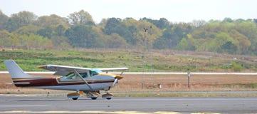коричневая белизна плоскости посадки Стоковая Фотография