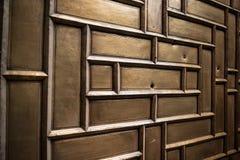 коричневая дверь деревянная Стоковое фото RF