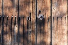 коричневая дверь деревянная Стоковая Фотография