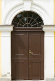 коричневая дверь деревянная Стоковые Фото