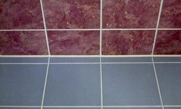 коричневая керамическая плитка серого цвета пола цвета Стоковое фото RF