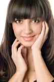 коричневые детеныши женщины волос темных глаз стоковое изображение