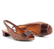 коричневые женские ботинки пар Стоковые Фотографии RF