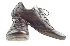 коричневые темные ботинки людей стоковая фотография rf