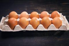 коричневые яичка свежие Стоковое Фото