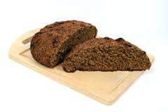 коричневый цвет хлеба доски Стоковая Фотография RF