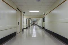 Коридор в современной больнице Стоковые Фото