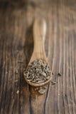 Корни валериана на деревянном столе Стоковая Фотография RF