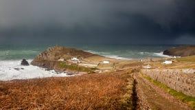 Корнуольское coastpath на накидке Корнуолле стоковое изображение rf