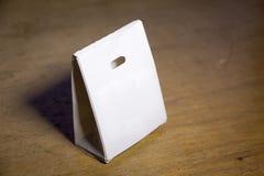 Коробка белой бумаги модель-макета Стоковые Фотографии RF