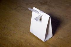 Коробка белой бумаги модель-макета Стоковое Изображение RF