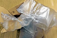 Коробка и воздушные подушки карты стоковые изображения rf
