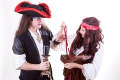 2 коробка найденная пиратами tresure Стоковые Фотографии RF