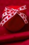 Коробка на кольце сердца в форме Стоковые Изображения