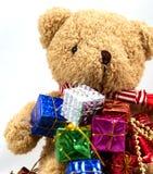 Коробка подарка с плюшевым медвежонком Стоковые Изображения