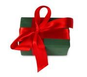 Коробка праздничного подарка рождества в зеленой книге изолированной на белизне Стоковая Фотография RF