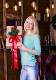 Коробка рождества, пуловер бирюзы, потеха Стоковое Изображение RF