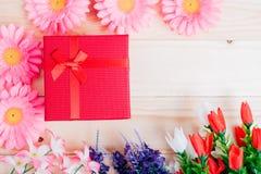 Коробка цветка и подарка стоковые фото