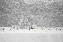 Коробки благосклонности свадьбы на белой скатерти Стоковые Фотографии RF