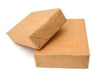 коробки пакетируют обернуто Стоковые Изображения