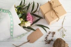Коробки подарка с биркой Стоковая Фотография RF