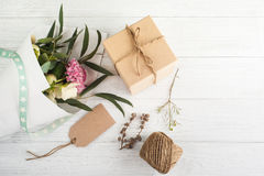Коробки подарка с биркой Стоковое фото RF